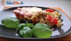 Zapiekanka z ryżem, kiełbasą i warzywami