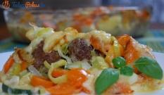 Zapiekanka warzywna z pulpetami
