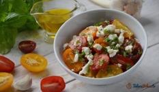 Sałatka z kolorowych pomidorków